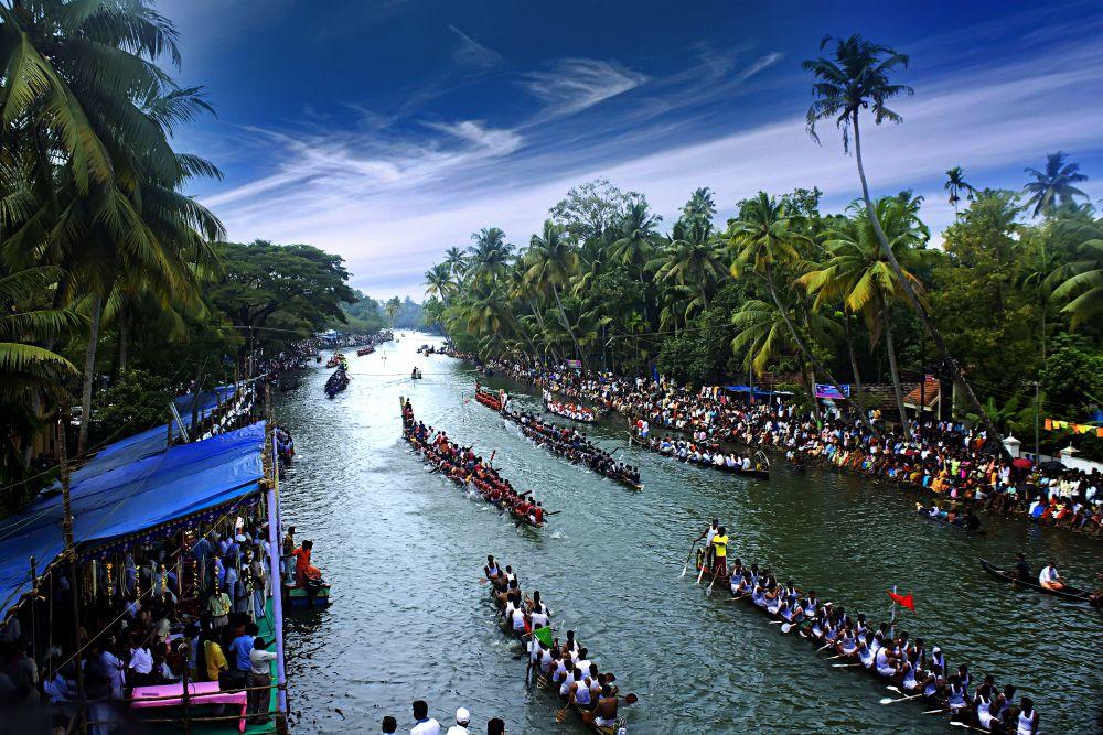 nehru trophy snake boat race in alleppey