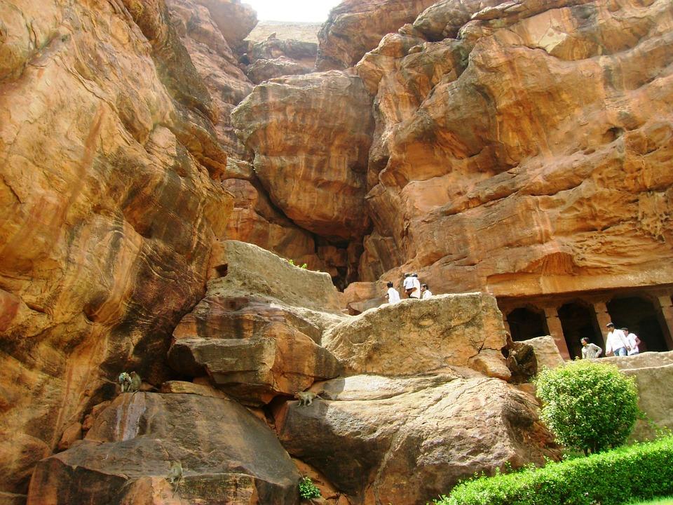 badami caves karnataka