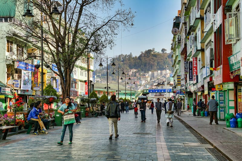 mg road best market in gangtok