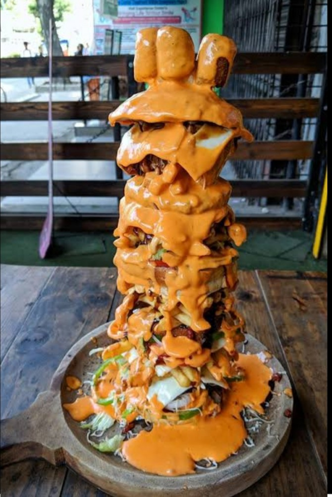 Burj Khalifa Burger Biggest Burger in Mumbai and India