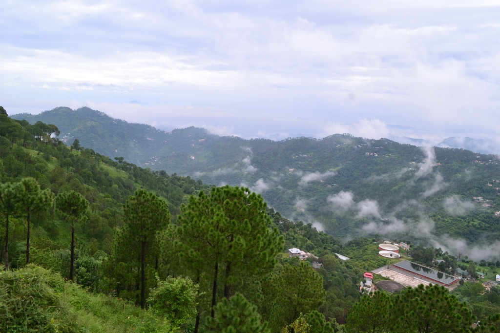 Kasauli less crowded place for weekend