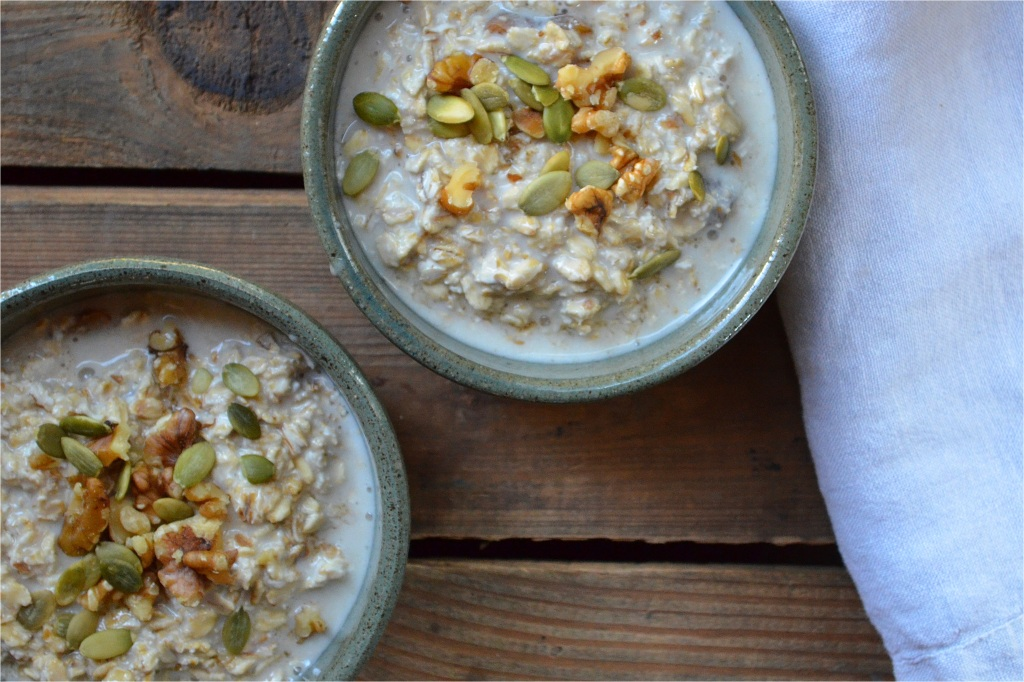 oatmeal with rose and dry fruits